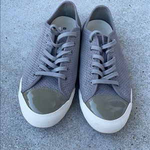 Seavees 08/61 Army Issue low women's shoes. Sz 9